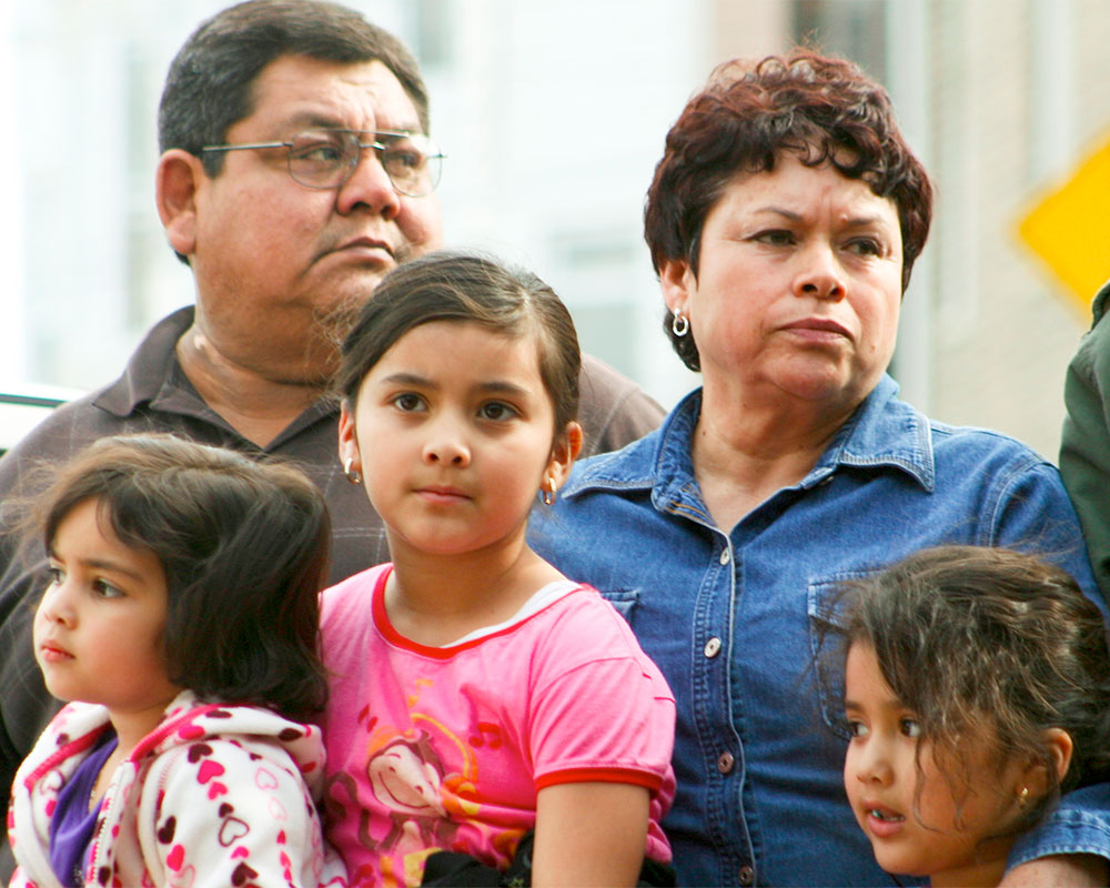 Rapid Response - Photo of an immigrant family with young children