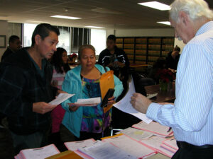 Low Income Renters' Rights - Photo of renters meeting with a lawyer